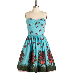 e06d5f11a8 Betsey Johnson Dresses Review - Daily Fashion